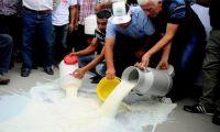 Qumështarët heqin dorë nga protestat