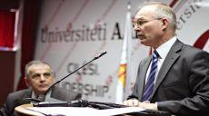 """Ambasadori norvegjez JanBraathu: """"Shqipëria dhe Kosova - dy vëllezër që jetojnë në shtëpi të ndara"""""""