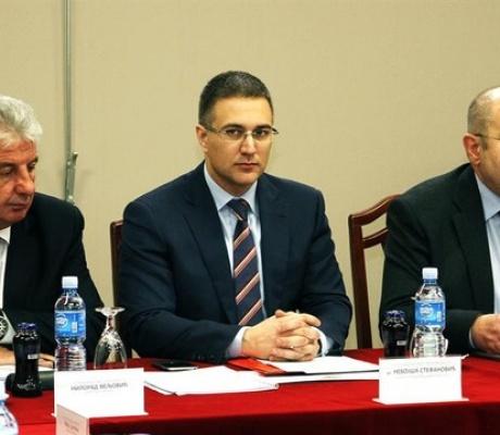 Ministri serb e pranon, se shqiptarët jane më të rrezikuar në Serbi