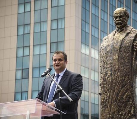 Shpend Ahmeti: Shtetndërtimi dhe bashkimi janë dy porositë që na la Ismail Qemali