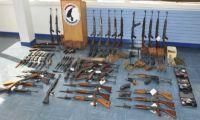 Armët e Serbisë në duart e terroristëve në Francë