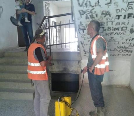 Pastrohen bodrumet e disa banesave kolektive dhe nënkalimet